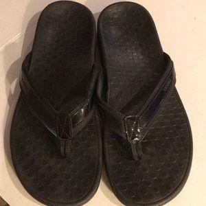 Shoes - Vionic Black Flip Flop As Is - Sz 12